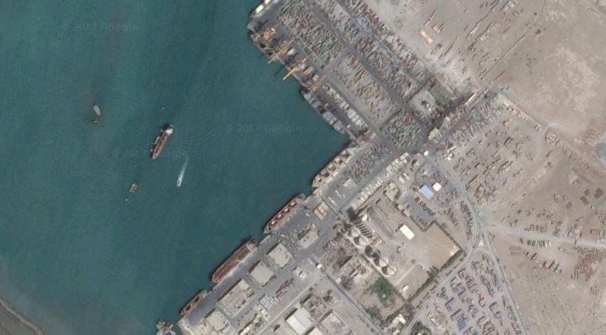 رسمياً.. كشف حقيقة إعادة فتح ميناء الحديدة أمام السفن التجارية والاغاثية