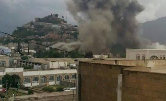 """حجة: سقوط ضحايا بغارات جوية لـ""""التحالف"""" استهدفت سوقا شعبيا"""