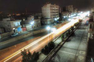 شاهد بالصور.. عودة أعمدة الإنارة للعمل في بعض شوارع العاصمة صنعاء