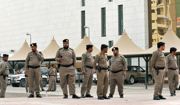 لهذا السبب تم القبض على مسؤول رفيع بوزارة الدفاع السعودية