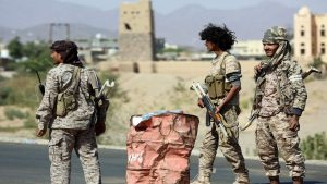اشتباكات بين قوات هادي ومسلحين يتبعون الانتقالي